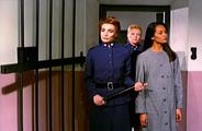 Насилие в женской тюрьме